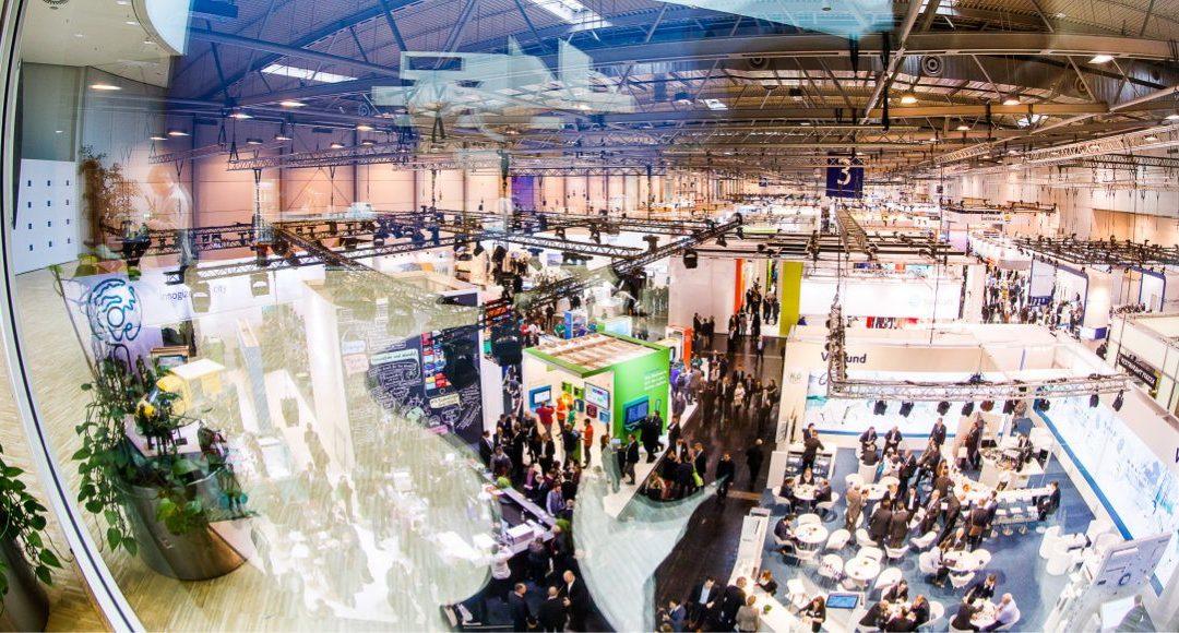 Blick in Halle 3 der E-world