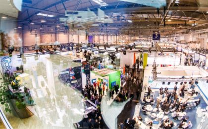 Blick in Halle 3 der E-world